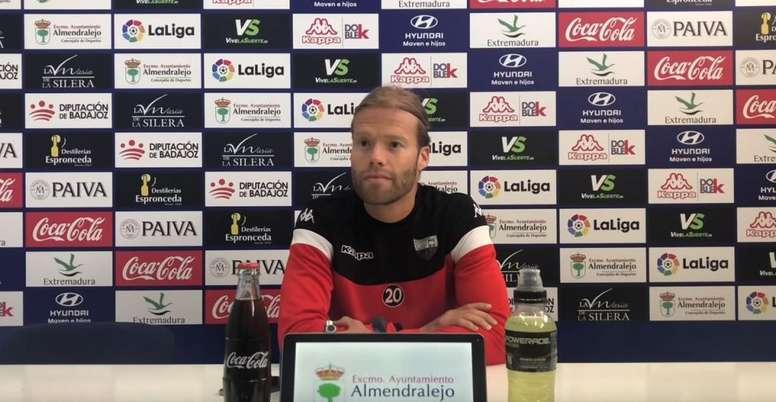 Aitor Fernández se mostró ilusionado ante la posibilidad de ganar en Córdoba. YouTube/ExtremaduraUD