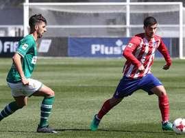 Jorge Ortiz anotó dos de los tres goles del Atleti B al Coruxo. Twitter/AtletiAcademia