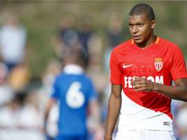 Mbappé fue el gran protagonista del duelo contra el Stoke. EFE/ValentinFlauraud