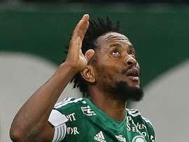 El conjunto 'verdao' se instala en la primera posición. Palmeiras