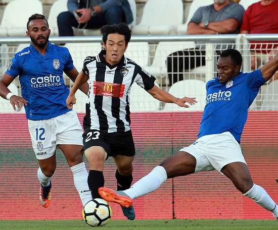 Nakajima tem atraído clubes como PSG, Arsenal, Benfica e Roma.Portimonense