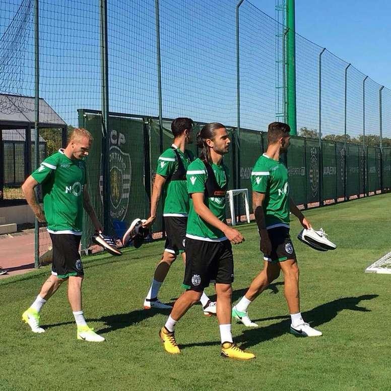 Jérémy Mathieu explicou tudo o que aconteceu. Twitter/Sporting_CP