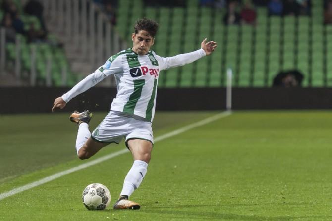 Ludovit Reis, durante un partido con el Groningen.