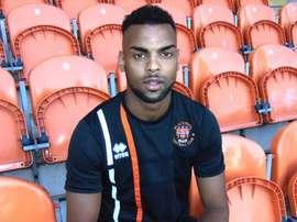 Curtis Tilt jugará esta temporada en el Blackpool. BlackpoolFC