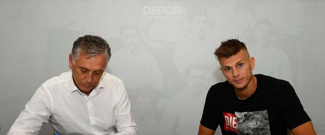Longo jouera au Deportivo cette saison. Twitter/RCDeportivo