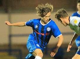 Luke Matheson jugó 77 minutos y se llevó el premio al mejor del partido. Twitter/RochdaleAcademy