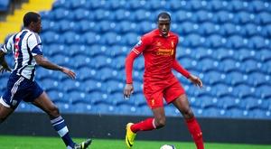 Michael Ngoo se intentó ganar un extra vendiendo 'gas de la risa'. LiverpoolFC