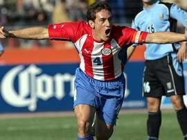 Carlos Gamarra podría descolgar las botas una década después de retirarse. CONMEBOL