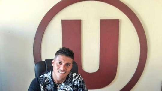 Daniel Chávez prueba fortuna en un nuevo equipo de Perú. Twitter/Universitario
