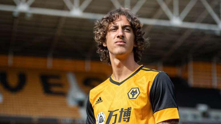 Un transfert à 40 millions d'euros pour marquer avec la réserve. Wolves