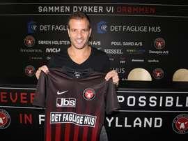 Van der Vaart está siendo bastante criticado en Dinamarca por su actitud. FCMidtjylland
