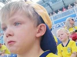 El hijo de Marcus Berg no pudo contener las lágrimas. Instagram/josieswall