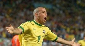 Roberto Carlos a couvert d'éloges son compatriote. AFP