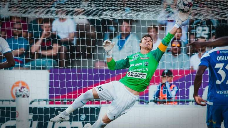 El HJK confirmó el fichaje de Antonio Reguero. Twitter/hjkhelsinki