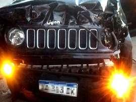 El Jeep de Palacios quedó totalmente siniestro. Twitter