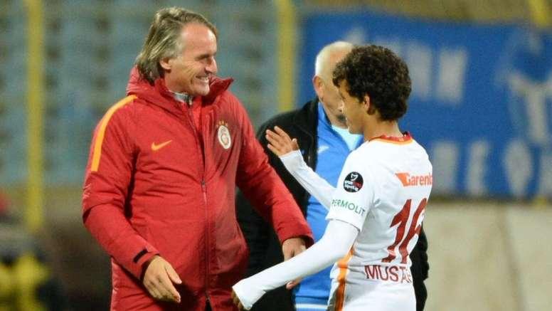 Kapi debutó con el Galatasaray a los 14 años. Twitter/GalatasaraySK