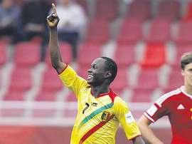 El joven jugador de Mali Sidiki Maiga, en un partido con la Sub 17. AFP