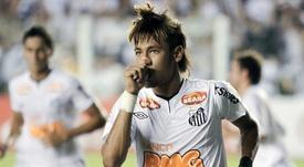 Muricy Ramalho acredita que Neymar viveu a sua melhor época atuando no Brasil. EFE