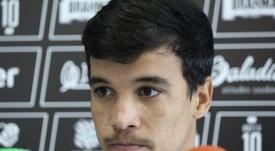 Christian Savio podría perderese toda la temporada. Figueirense