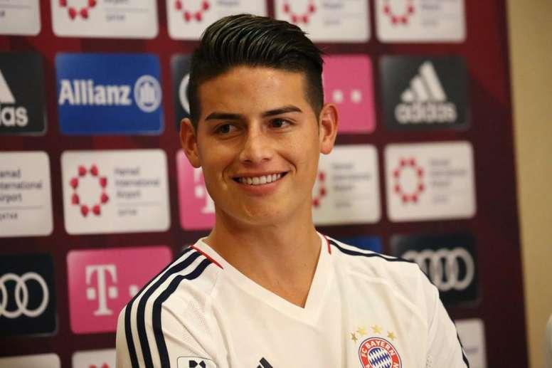 James confirmó que seguirá en el Bayern. FCBayern
