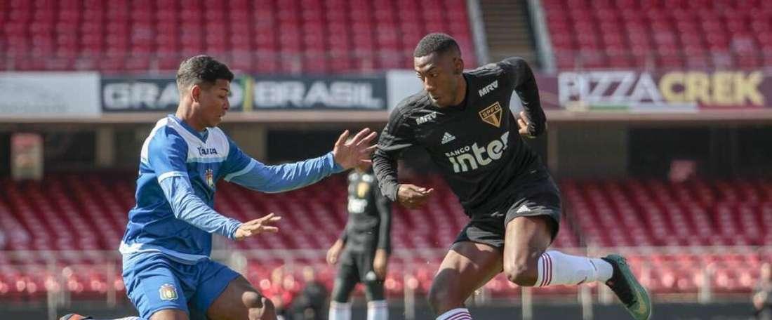 Gonzalo Carneiro teve resultado positivo em um controle antidopagem. Twitter/SaoPauloFC