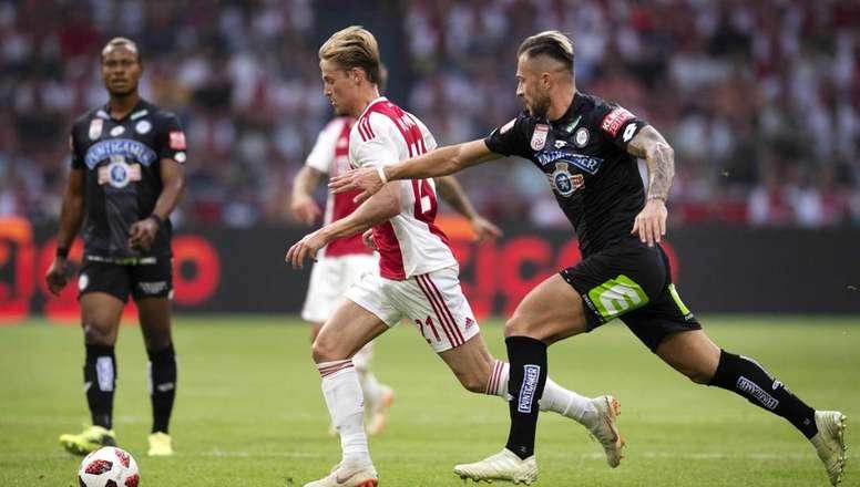 De Jong responds to the Barca rumours. EFE