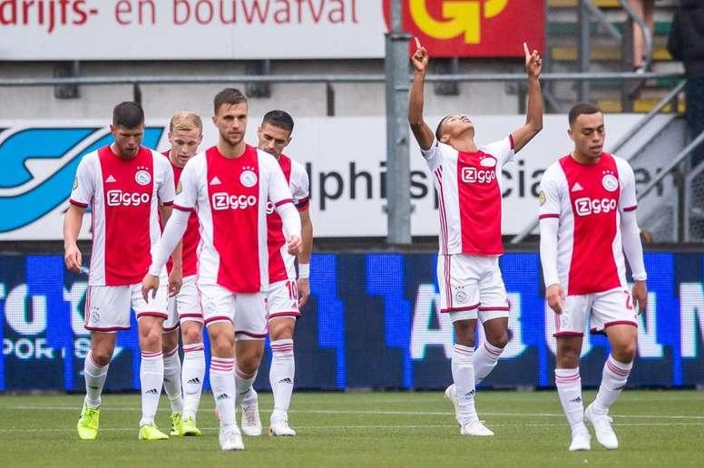 El Ajax más ecológico. Twitter/AFCAjax