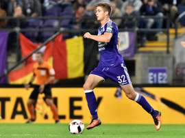Dendoncker could move to Molineux before the window closes. RSCAnderlecht
