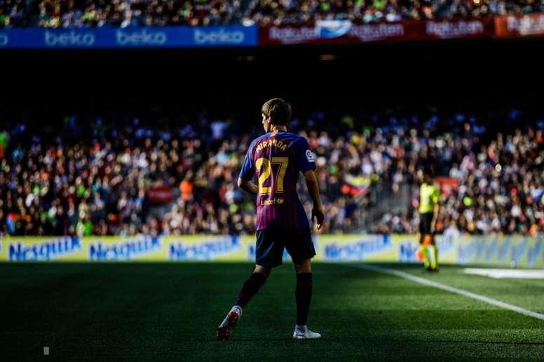 Juan Miranda es considerado en Barcelona como el sucesor de Jordi Alba. Twitter/JuanMiranda
