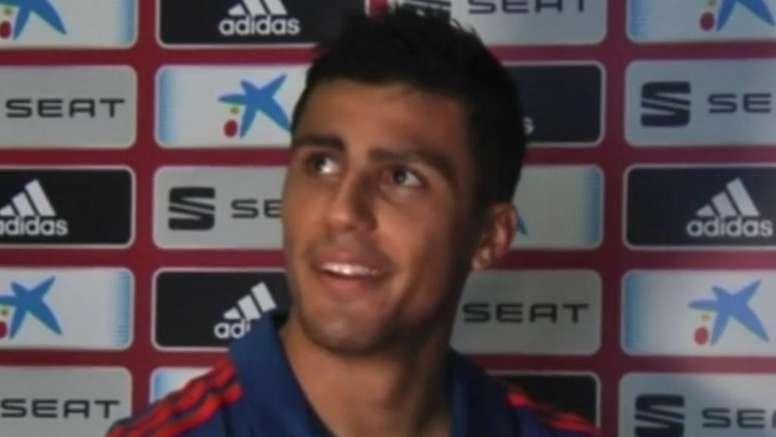 Rodrigo fue víctima de las bromas de sus compañeros. Captura/ESPN