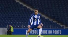 El portugués podría estrenarse en la Liga Española. Twitter/FCPorto