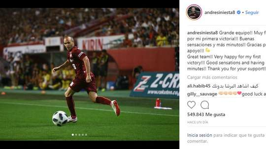 Des débuts en tant que titulaire et une victoire. Instagram/andresIniesta8