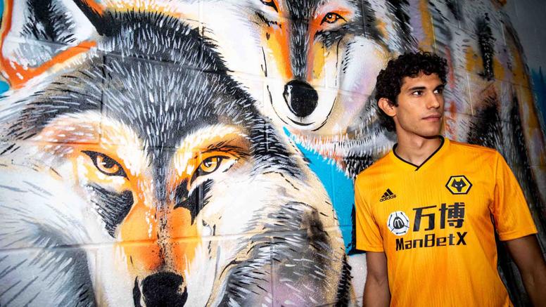 OFICIAL: el Madrid cede a Vallejo a los Wolves. Wolves