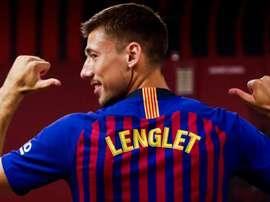 Lenglet já foi apresentado. FCB