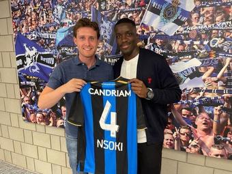 Stanley Nsoki signe en Belgique. Twitter/StanleyNsoki