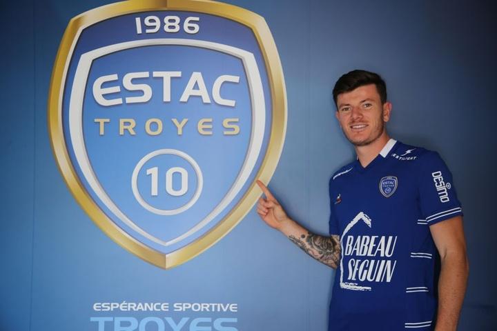 OFFICIEL : Biancone quitte Monaco et rejoint Troyes. Twitter/ESTACTroyes