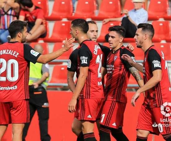 Mirandés y Zaragoza ponen a prueba sus aspiraciones de ascenso. LaLiga