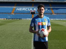 El futbolista mostró su ilusión por volver al Hércules. Twitter/cfhercules