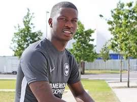 taylor Richards part à Brighton en prêt. Brighton