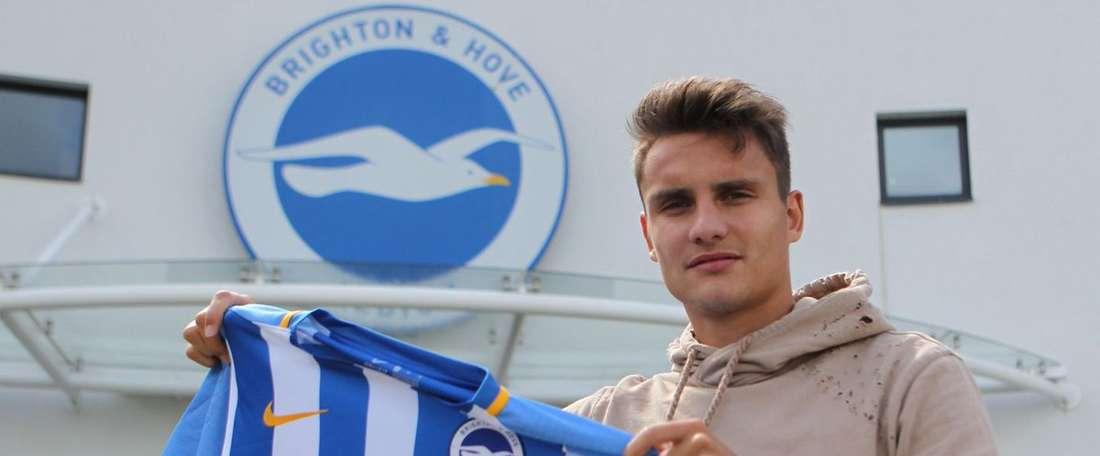 Ales Mateju, ya es nuevo jugador del Brighton. BHAFC