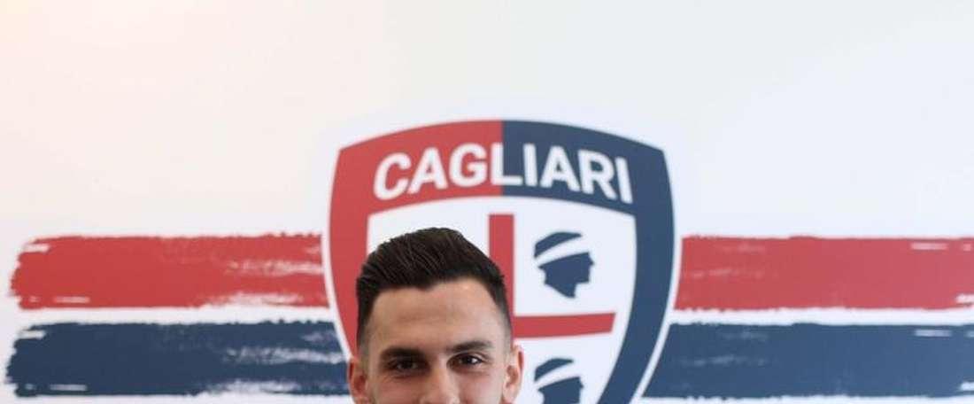 Lykogiannis jugará la serie A tras abandonar Grecia. Twitter/Cagliari