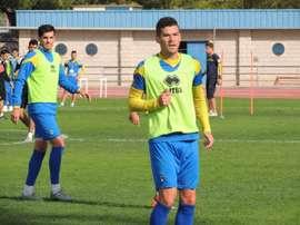 El lateral izquierdo rumano del Alcorcón, Razvan Ochirosii, en un entrenamiento. ADAlcorcon