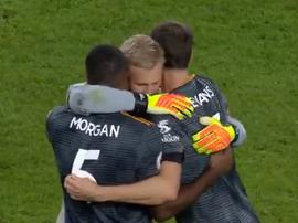 Leicester celebra la victoria en Cardiff . Captura