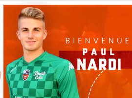 Paul Nardi signe au FC Lorient. Twitter/FCLorient