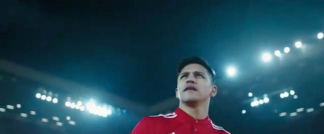 Sanchez's unveiling as a United player quickly did the rounds on social media. Twitter/ManUtd