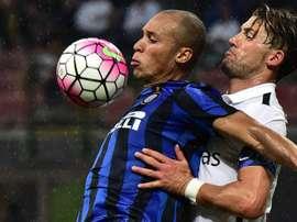 Miranda (L) could be leaving Inter this season. Twitter
