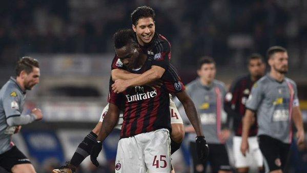 El Milan quiere pasar a la final de Coppa por la vía rápida. Twitter