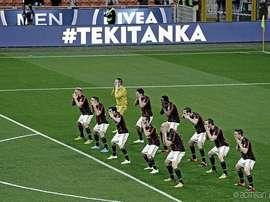 Milan shocked Carpi with the 'haka'. ACMilan
