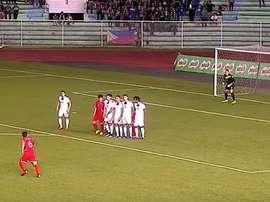 El momento en que Corea del Norte anota el 1-2 ante Filipinas. BeSoccer