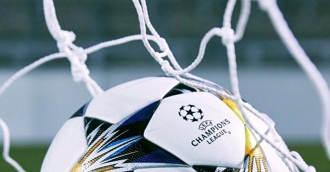 La Champions estrena balón para las eliminatorias - BeSoccer fbf521ff8b4eb